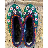 Embroidered room shoes -G