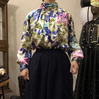 lady's floral pattern gather tops