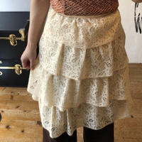 lady's lace skirt