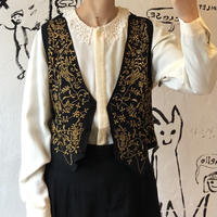 lady's embroidery vest
