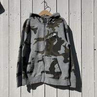 kids NIKE camouflage zip up parka(7T/130cm)
