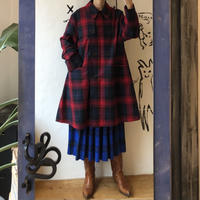 lady's plaid pattern flare silhouette coat