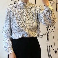 lady's stand collar patterned blouse