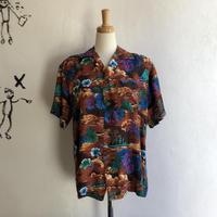 lady's 1960's vintage Hawaiian shirt