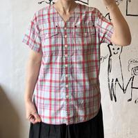 lady's plaid pattern tops