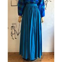 lady's vintage blue color volume maxi length