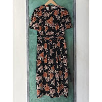 lady's floral pattern puff sleeve one-piece