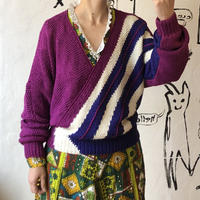 lady's cache-coeur sweater