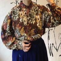 lady's vegetables pattern blouse