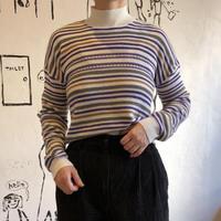 lady's horizontal stripes knit tops