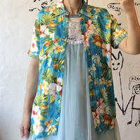 lady's Hawaiian shirt