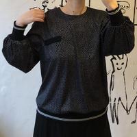 lady's pin dot pattern tops
