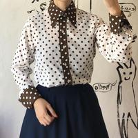 lady's 1970's dot pattern blouse