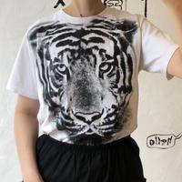"lady's ""tora"" tee shirt"