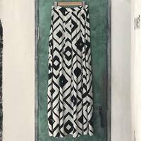 lady's geometric pattern skirt
