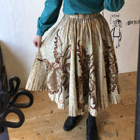 lady's 1950's botanical design circular skirt