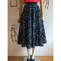 lady's 1950's vintage  patterned circular skirt