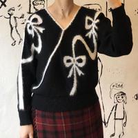 lady's ribbon design sweater