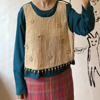 lady's layered style tops