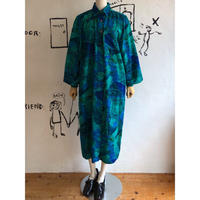 lady's blue×green  patterned balloon sleeve one-piece
