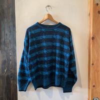 lady's black&blue design knit