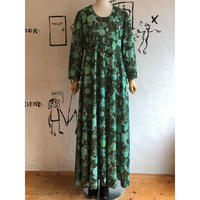 lady's 1970's vintage maxi dress