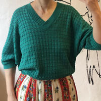 lady's green summer knit