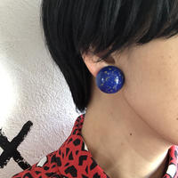 lady's gold paint blue earring