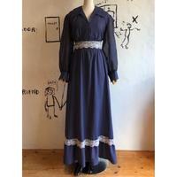 lady's 1970's vintage dot pattern open collar maxi dress