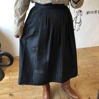 lady's black color flare skirt