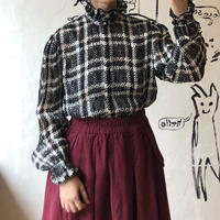lady's plaid pattern frill collar blouse