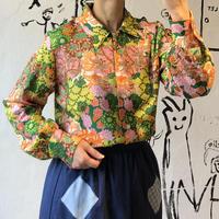 lady's 1970's colorful botanical pattern blouse