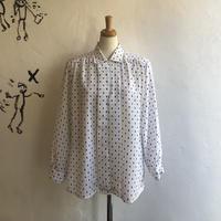 lady's square pattern blouse