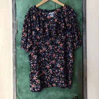 lady's floral pattern ruffle collar blouse