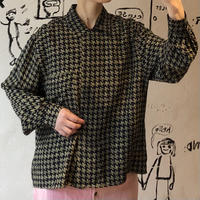 lady's 1980's blouse houndstooth pattern blouse