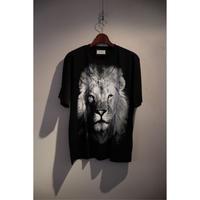 TAAKK : LION T-SHIRT