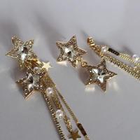 gold STAR×tassel catch pierce