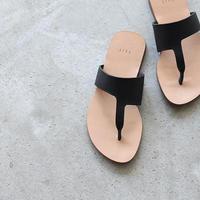 feit    asymmetrical  flip flop
