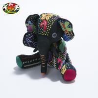 手刺繍&アップリケのゾウ