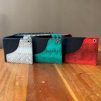 革×パイソンの2つ折り財布