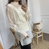 シアーノーカラーシャツ