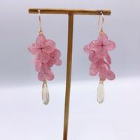 ピンク紫陽花の花束ピアス