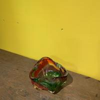 マルティグラス 赤 緑