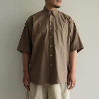 AURALEE /WASHED FINX TWILL HALF SLEEVED BIG SHIRTS (men's/ BROWN)
