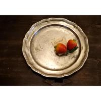 アンティーク・ピューター花リム皿φ21.5cm