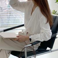 【即納】tuck silky blouse