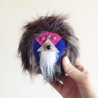 monyomonyo /Fluffy  Brooch