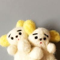 さとなかちさ / 双子の動物ブローチ  いぬ 耳