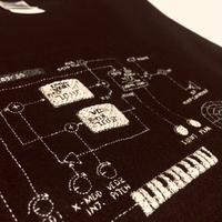 刺繍する犬 /Geek handstitch T-shirt 回路設計刺繍(KORG monotron)