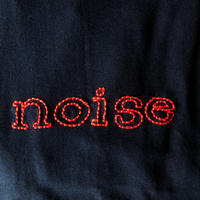 刺繍する犬 /Geek handstitch T-shirt  noise